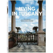LIVING IN TUSCANY (IEP)